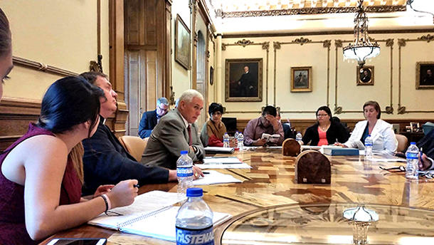 Governor Mike Pence meets with IndyCAN delegation